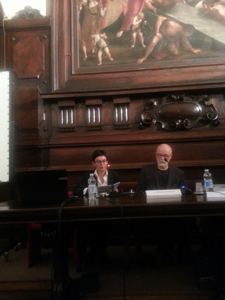Professor Maria Cristina Carile och Lars Munkhammar i Biblioteca Classense